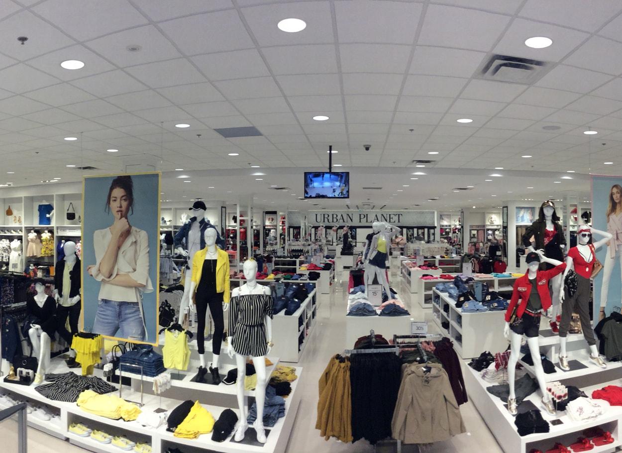 e46fe855 Urban Planet | YM Inc. Fashion House